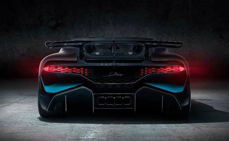 Bugatti Divo Trasero