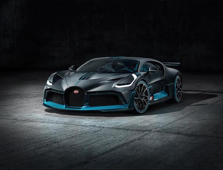 Bugatti Divo, frente